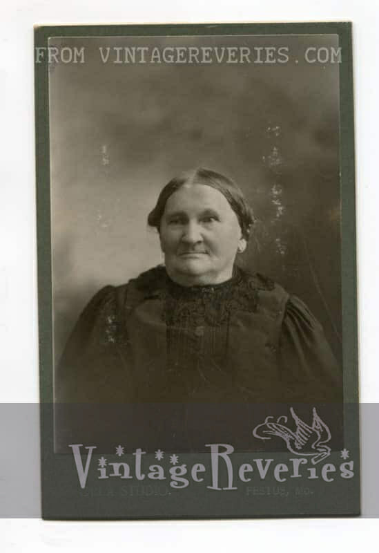 1800s old woman photo