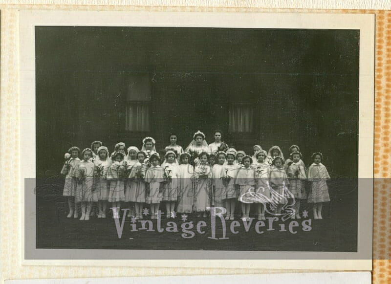 1930s first communion class