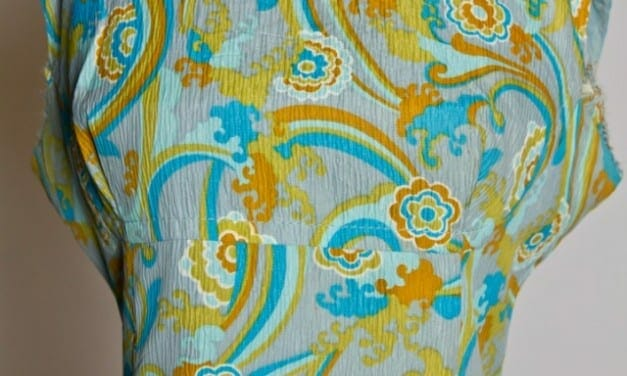 Rainbows and Flowers in the Sky printed dress- psychedelic 1970s hippie style- Curvy