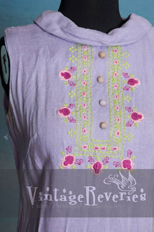 Lavender linen summer dress with pretty embroidery on front – Small – Medium sized