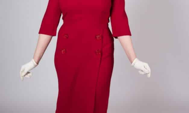 Quintessential 1960s dress. Made for a real girl – Medium / Large – Goes perfect with a pillbox hat