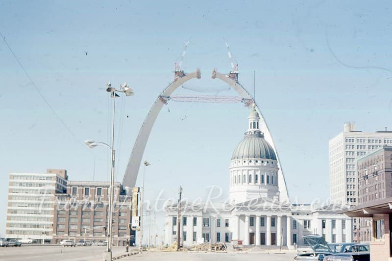 gateway arch construction photo