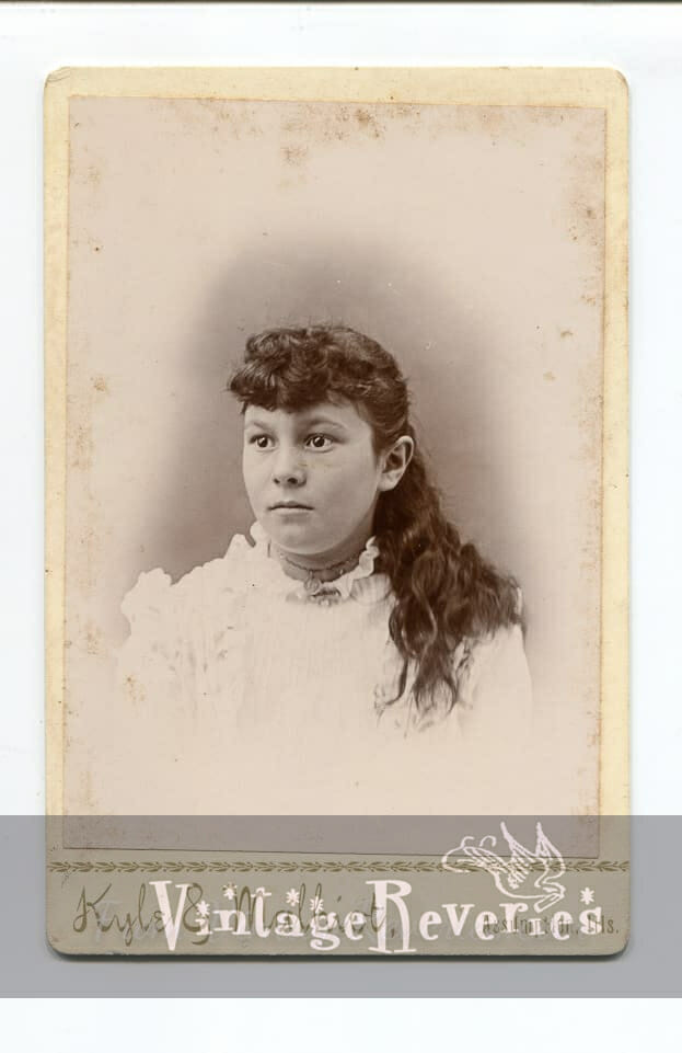 1800s young woman portrait