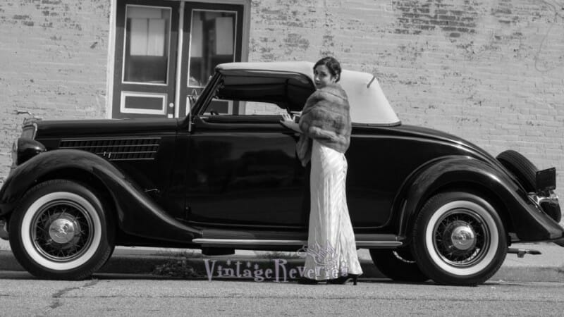 1930s wedding car